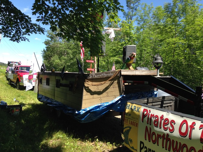 Pirate Float side